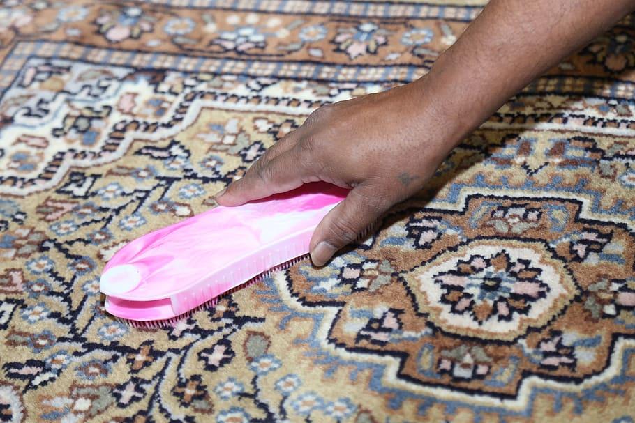 rubber polish carpets